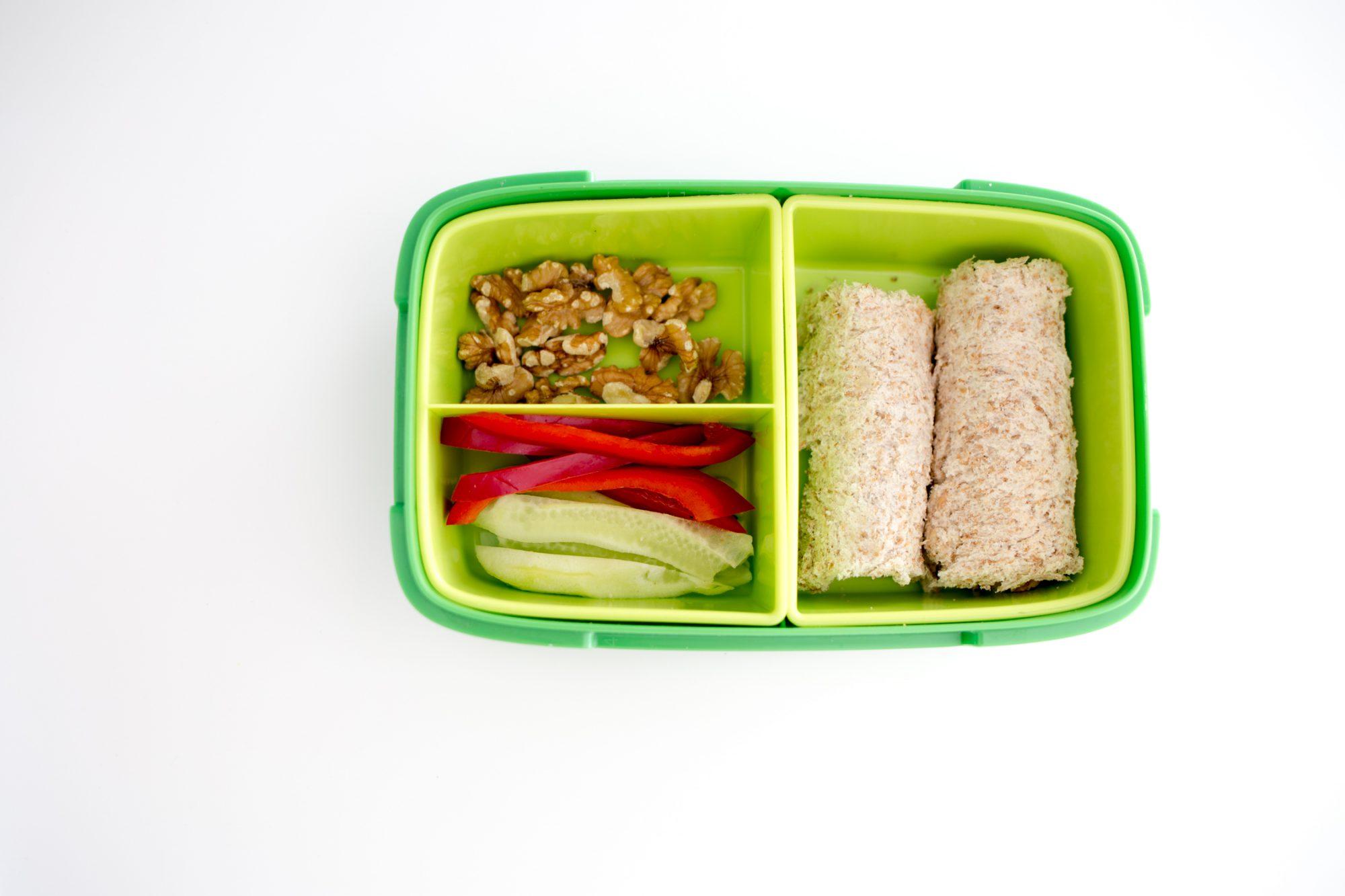 Szybkie pomysły na drugie śniadanie do szkoły lub pracy