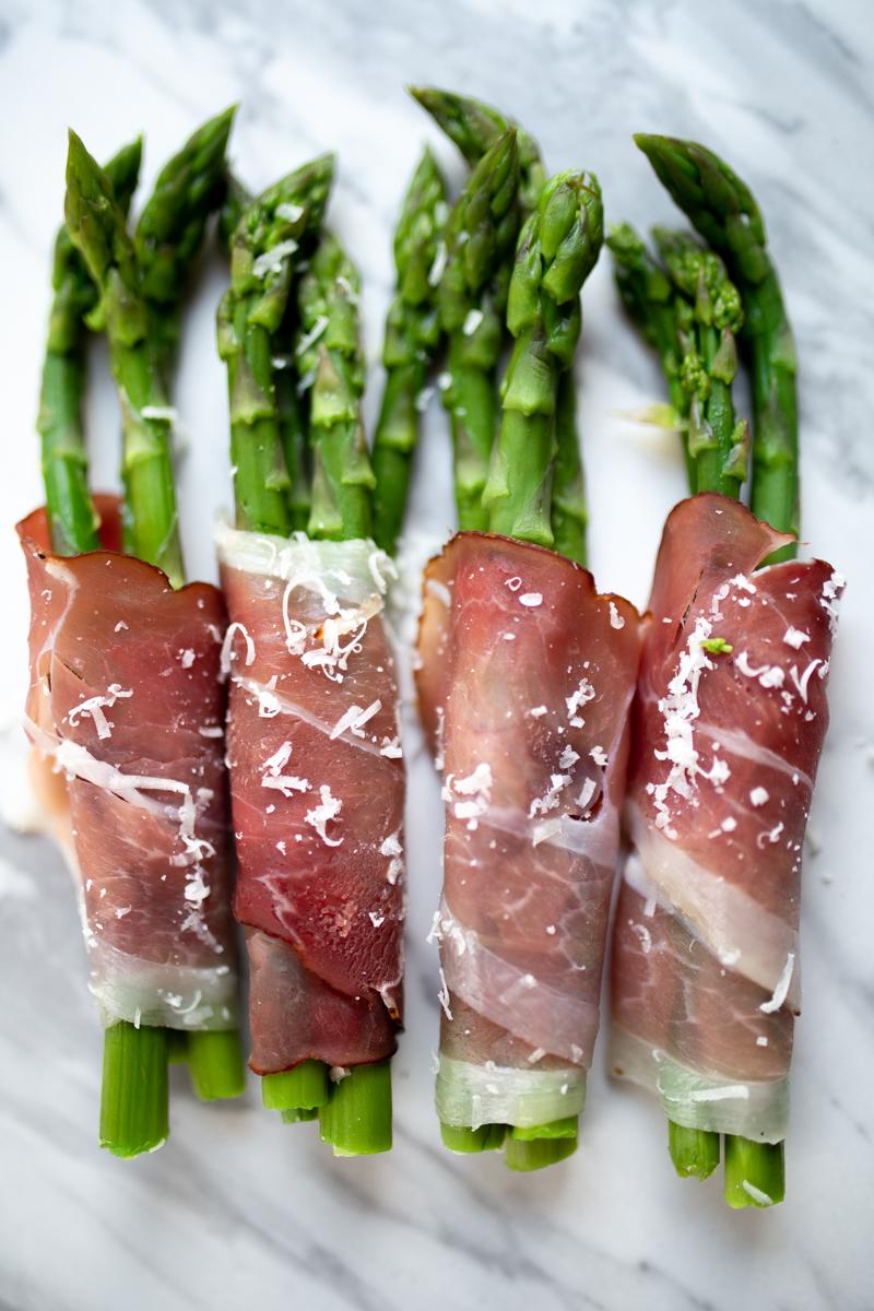 Zielone szparagi obiady za 5 złotych